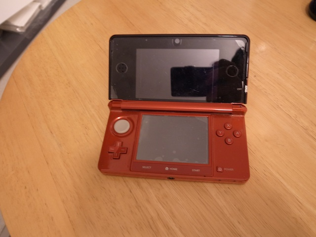 故障3DS・PSP・iphone買取・修理 千里丘駅徒歩10分