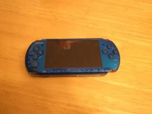 ソニーPSP3000・任天堂3DS・ipod classic修理 大阪 吹田のお店