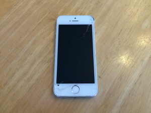 iphone5s・ipod classic・ipod nano6修理 大阪 吹田のお店