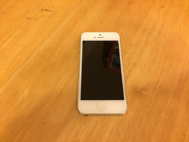 iphone5・ipod touch5・任天堂3DS修理 大阪 吹田のお店