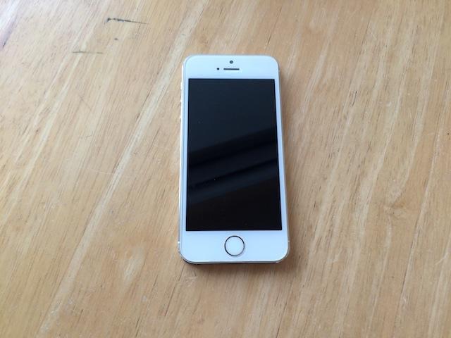 iphone5s・ipod nano6修理 吹田のお客様