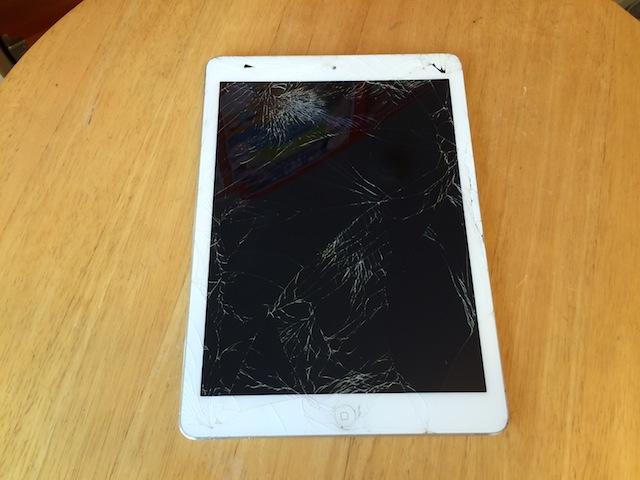画面割れipad mini/iphone/ipod nano買取 吹田のお客様