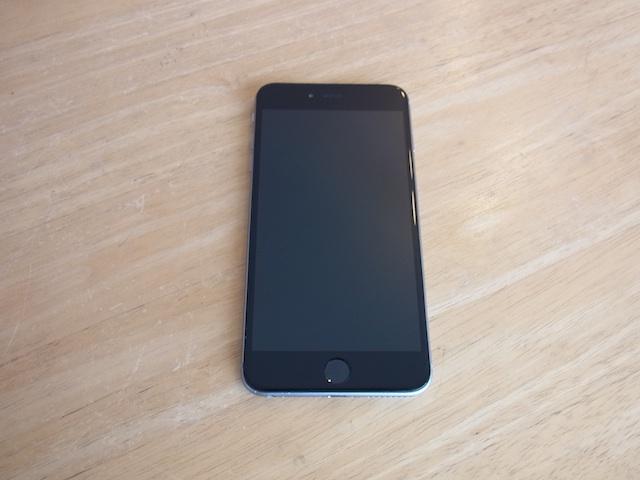 本日もiphone6のバッテリー交換やってます! サポートモバイル大阪 吹田