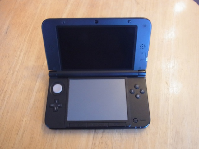 吹田市 任天堂3DS/iphone持ち込み修理店