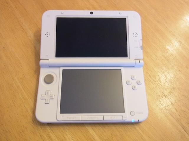 吹田市で任天堂3DS/iphoneの修理と買取のお店をお探しなら!