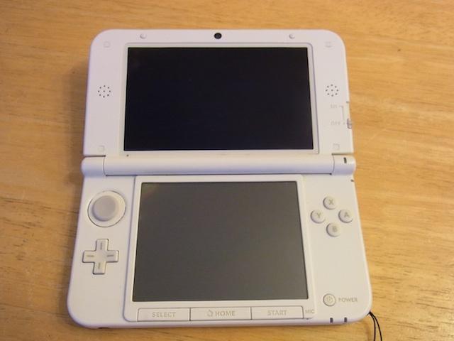 茨木からご来店 任天堂3DS電源落ちる修理