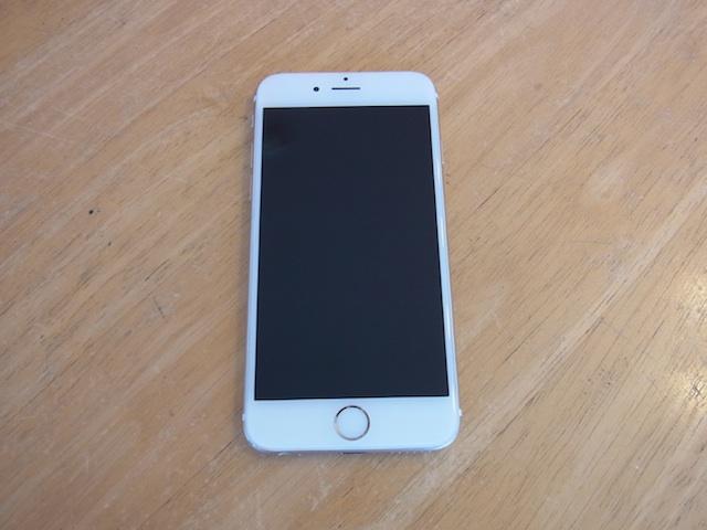 吹田のお客様 iphone即日修理/iPod nano7修理受付