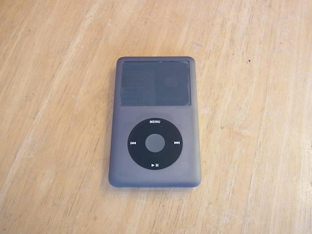高槻からご来店 iPod classic修理予約