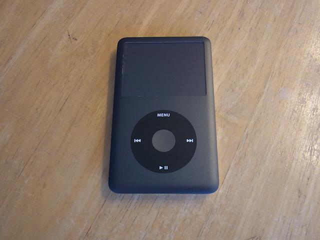 江坂のお客様 iPod classicバッテリー交換のご案内
