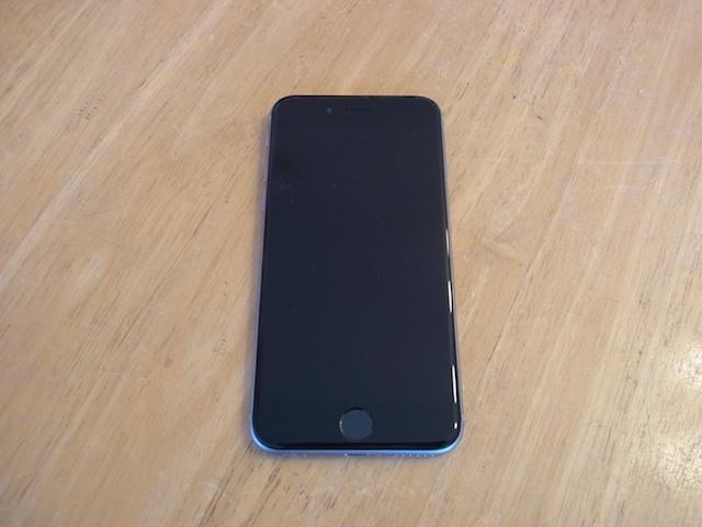 吹田で画面割れiPhoneの修理と買取やってます!