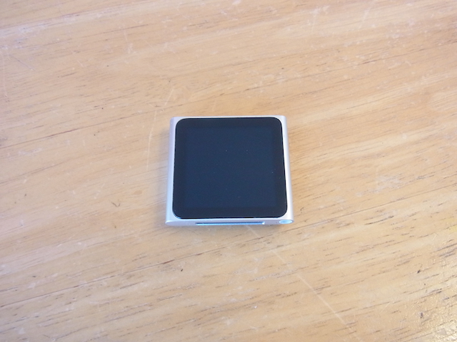 吹田のお客様 iPod nano6預かり修理
