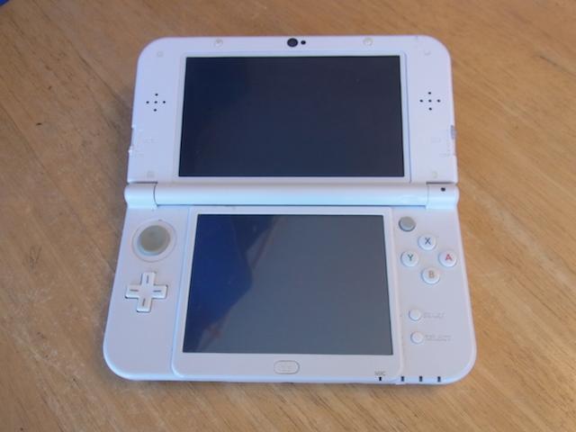 豊中市のお客様 任天堂3DS/PSvita2000店頭修理