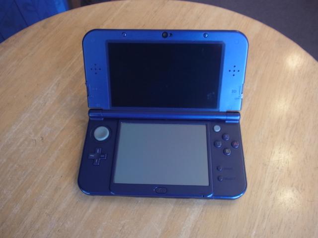 摂津市のお客様 任天堂3DS/PSvita2000の持ち込み修理なら