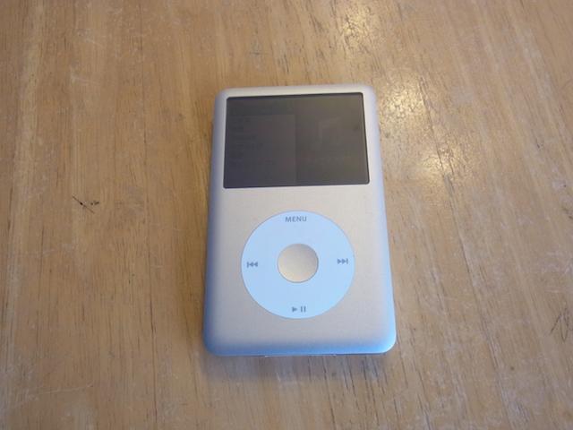 江坂のお客様 iPod classicバッテリー交換
